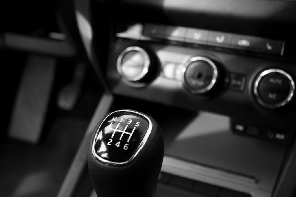 CÂMBIO AUTOMÁTICO OU MANUAL? QUAL ESCOLHER?